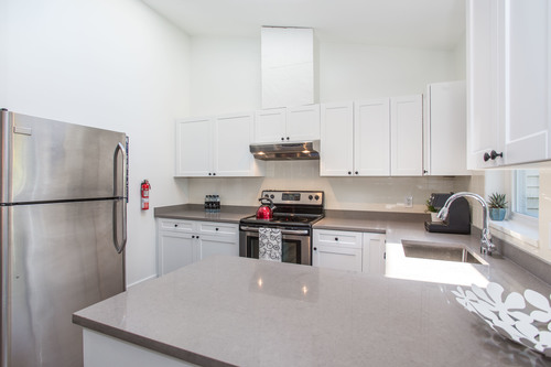 high-1 at 65 - 1821 Willow Crescent,