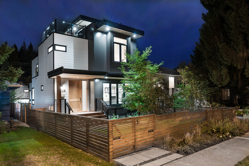 28 at 4638 West 15th Avenue, Point Grey, Vancouver West