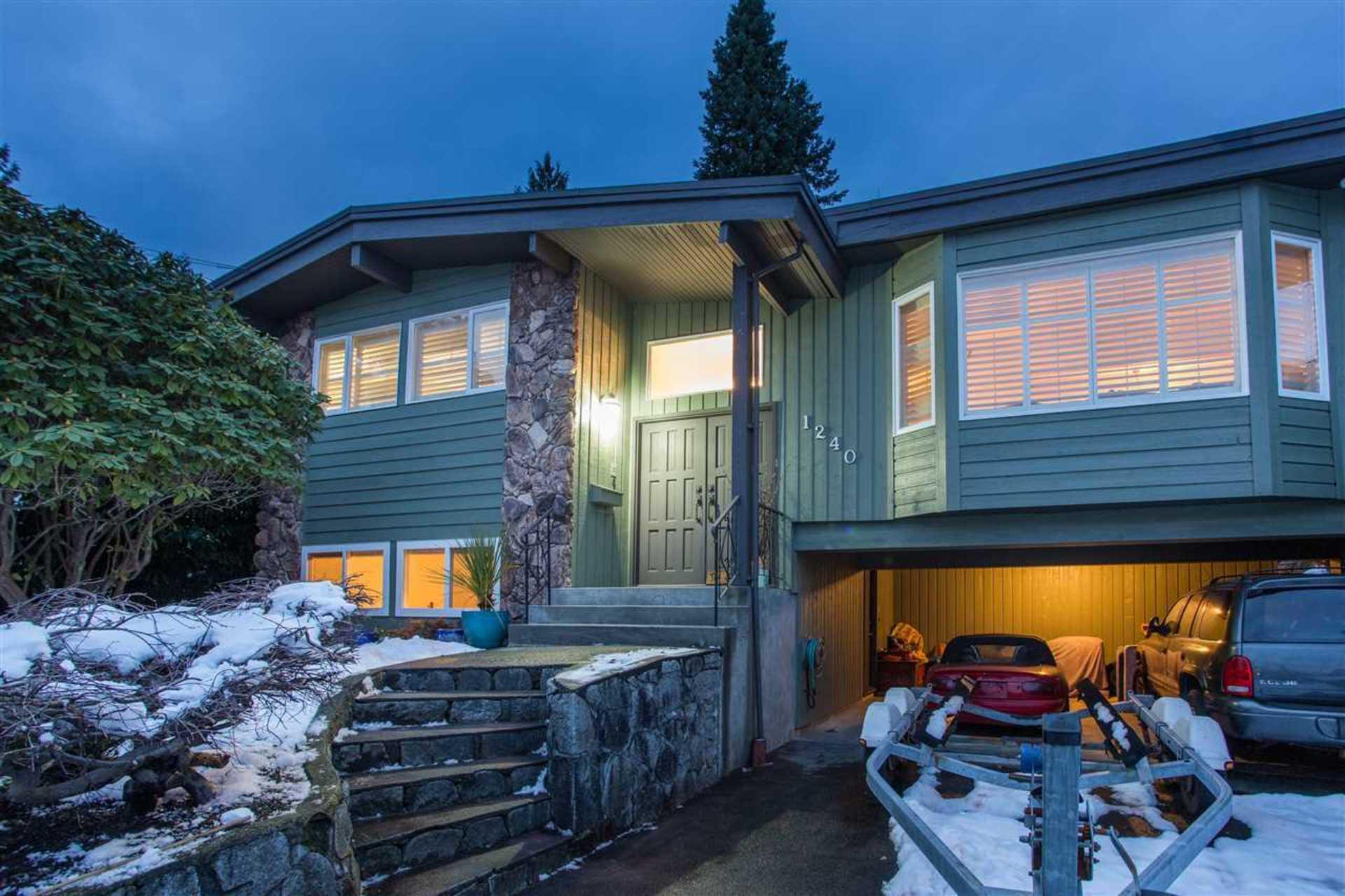 1240 Eldon Road, Edgemont, North Vancouver
