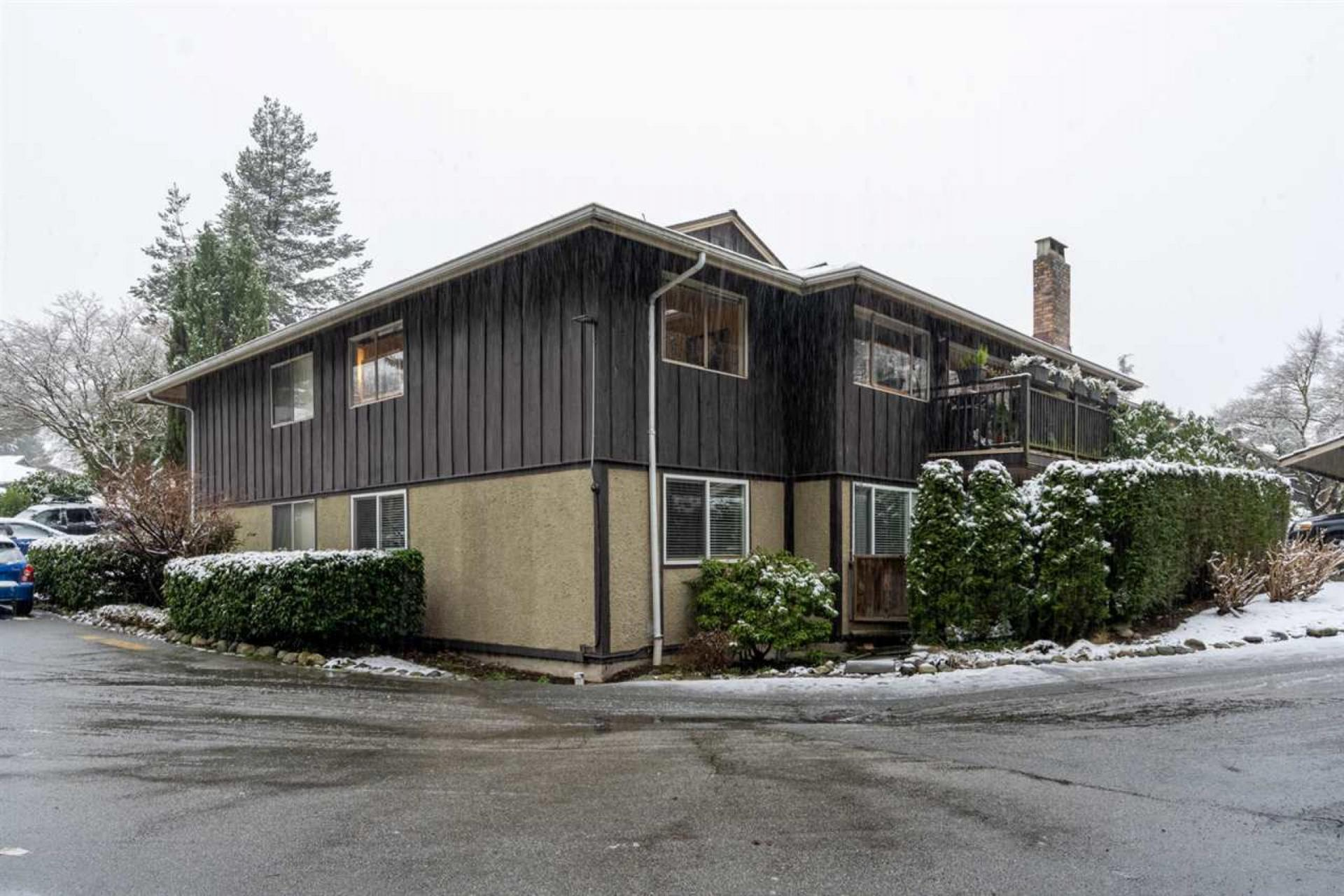 316 - 555 West 28th Street, Upper Lonsdale, North Vancouver