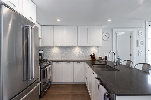 262474299-10 at 411 - 131 East 3rd Street, Lower Lonsdale, North Vancouver