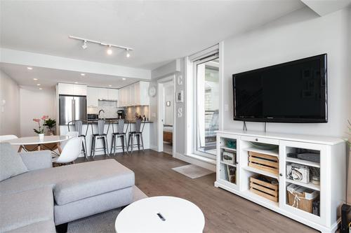 262474299-5 at 411 - 131 East 3rd Street, Lower Lonsdale, North Vancouver