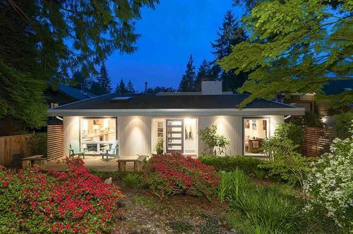 262190360-9 at 1221 West 23rd Street, Pemberton Heights, North Vancouver