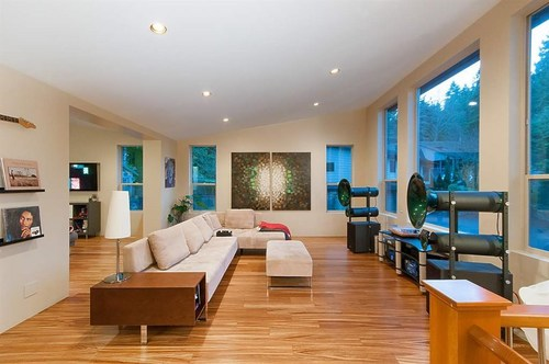262327027-1 at 927 Hendecourt Place, Lynn Valley, North Vancouver