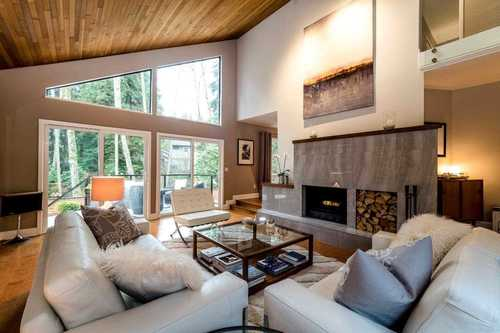 262261124-1 at 5527 Huckleberry Lane, Grouse Woods, North Vancouver