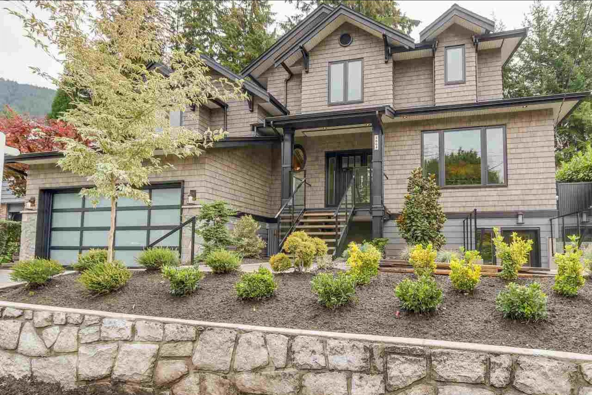 4664 Highland Boulevard, Canyon Heights NV, North Vancouver