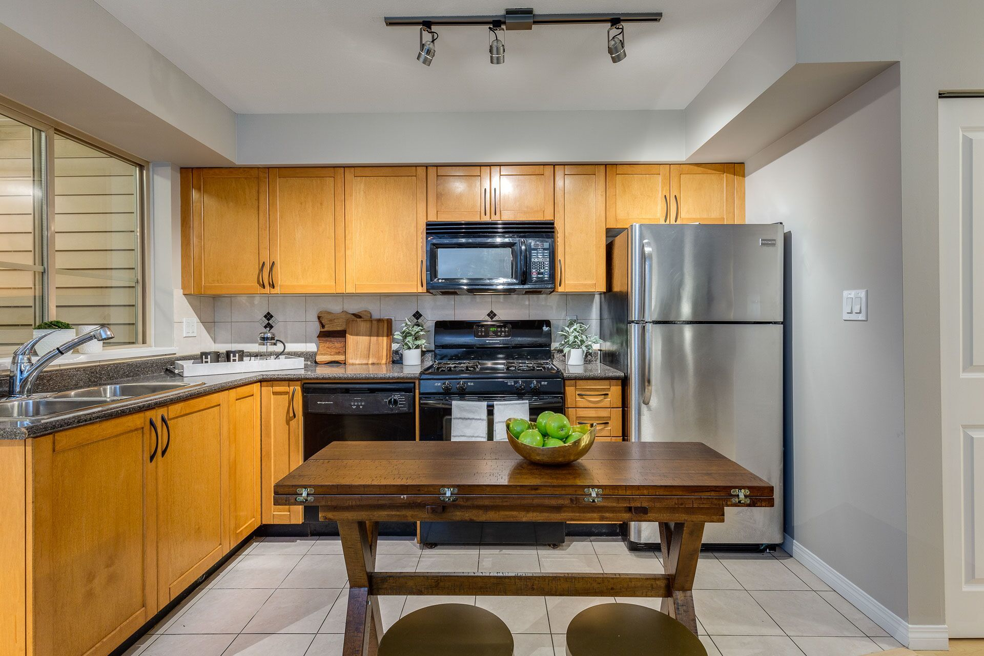 a7dhihaf at 104 - 2432 Welcher Avenue, Central Pt Coquitlam, Port Coquitlam