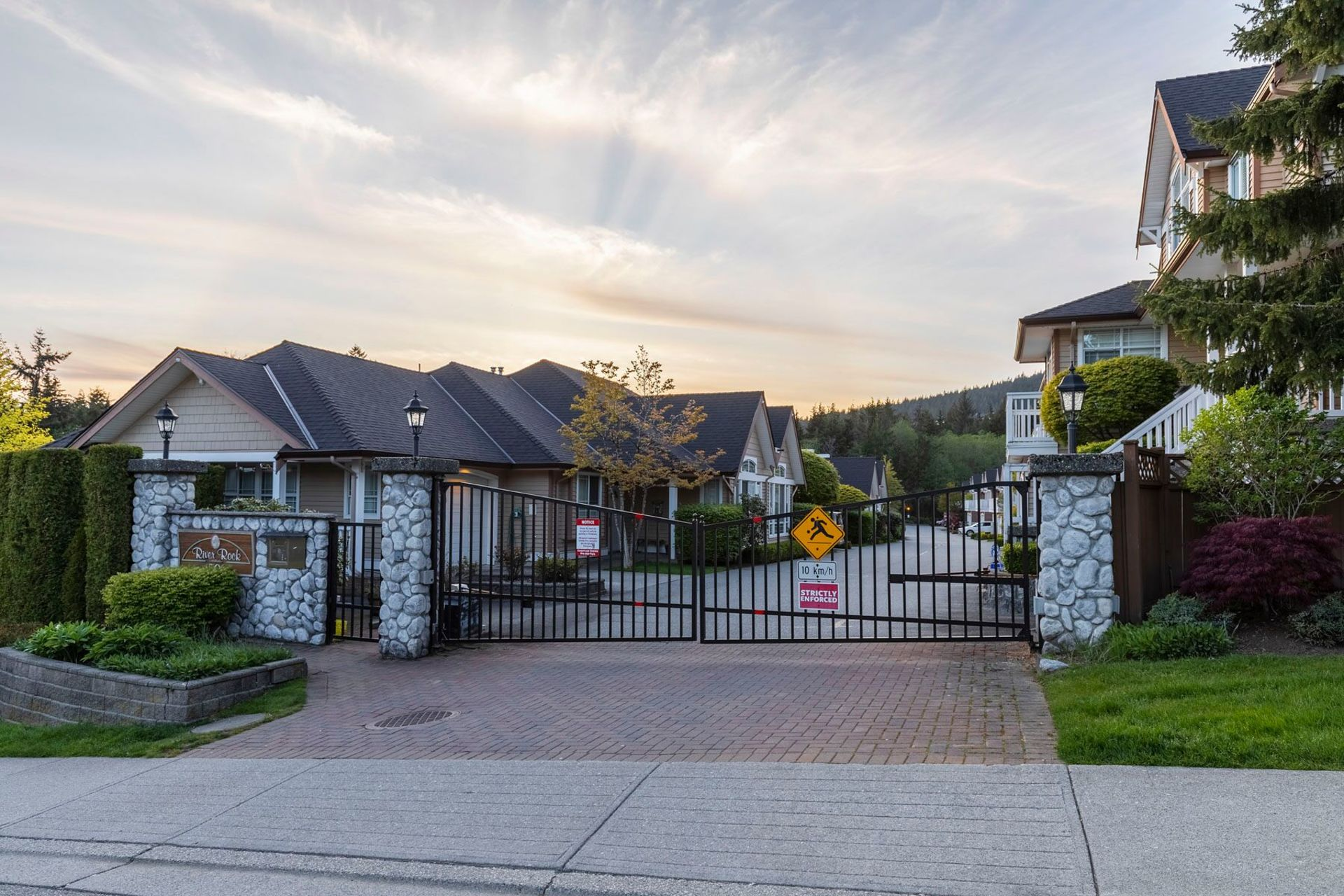 gafrpncq at 15 - 1506 Eagle Mountain Drive, Westwood Plateau, Coquitlam