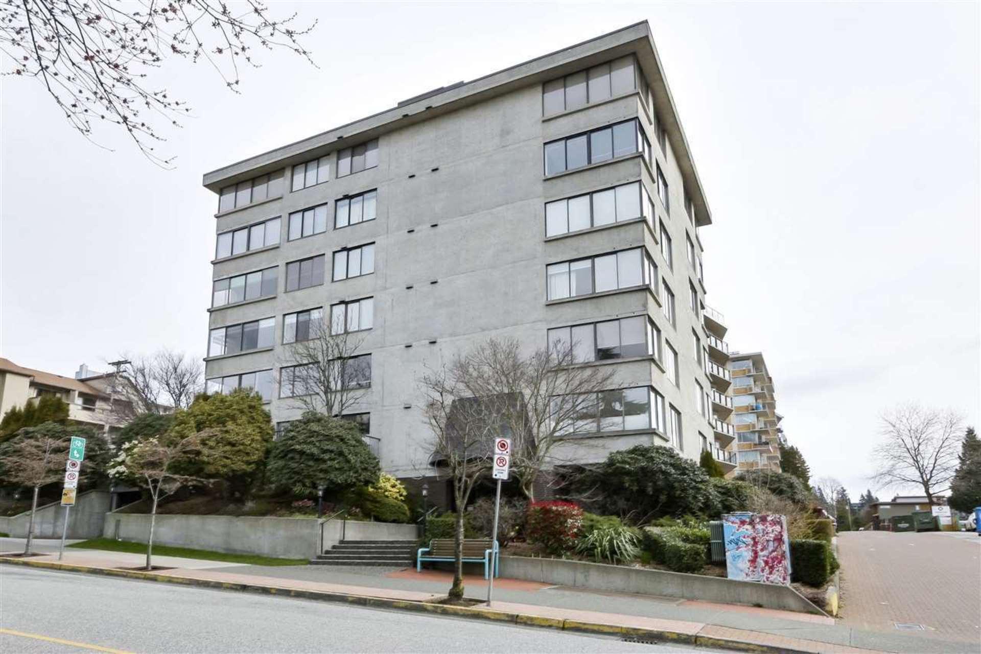 202 - 460 14 Street, Ambleside, West Vancouver