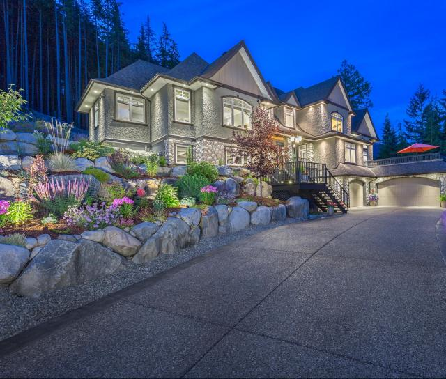 1403 Crystal Creek Drive, Anmore, Port Moody 2