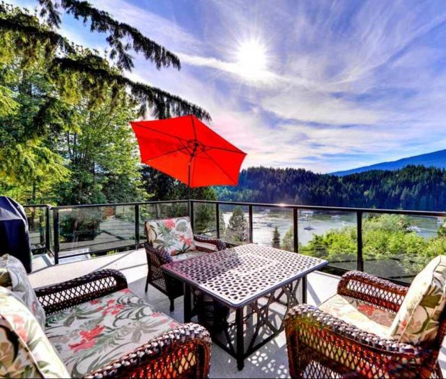 3945 Bedwell Bay Road, Belcarra, Port Moody 2