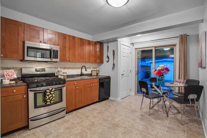 3274-wellingtion-street-port-coquitlam-360hometours-04s at 3274 Wellington Street, Glenwood PQ, Port Coquitlam