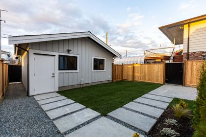 31 at 3439 E 24th Avenue, Renfrew Heights, Vancouver East