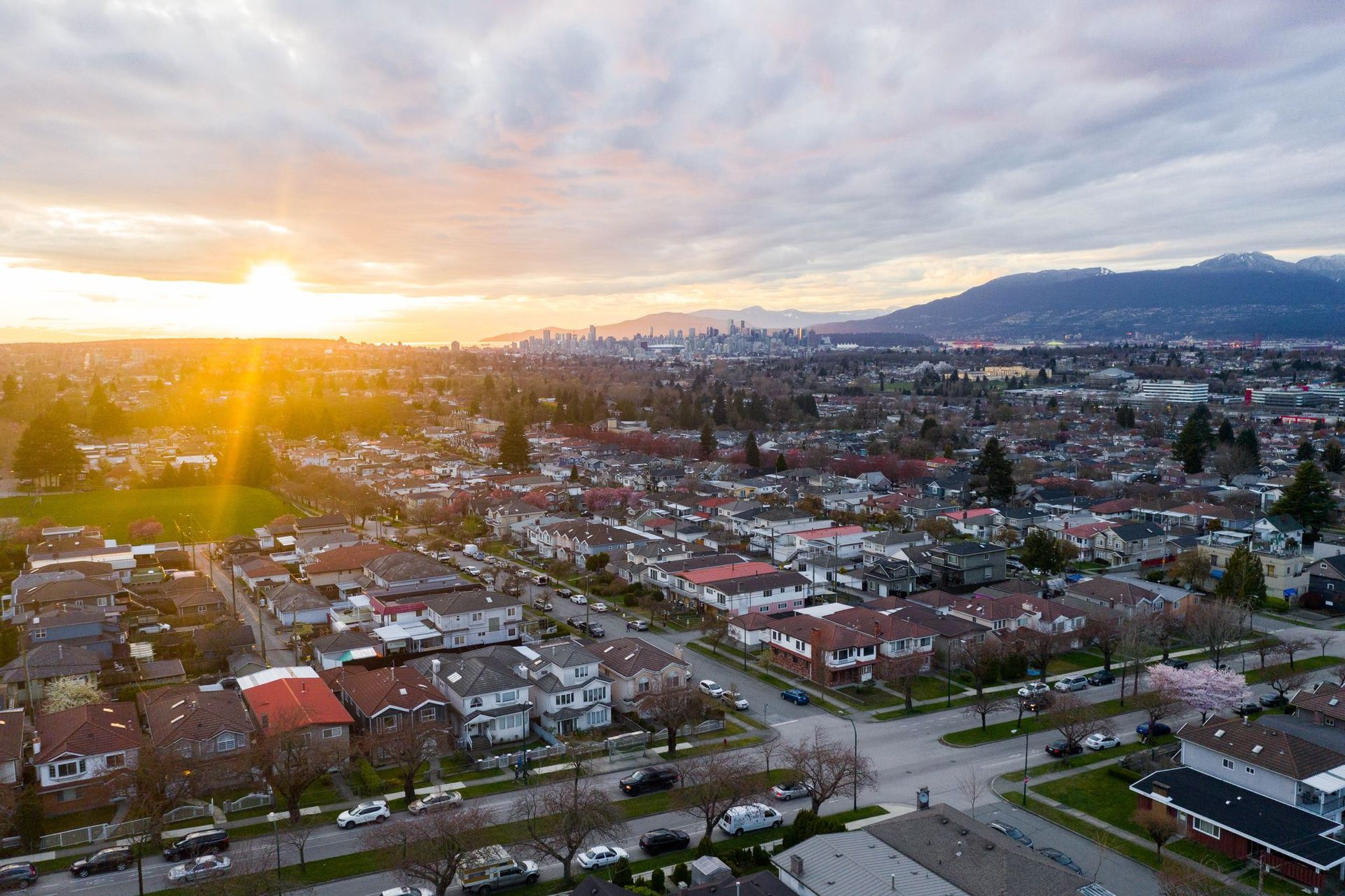 37 at 3439 E 24th Avenue, Renfrew Heights, Vancouver East