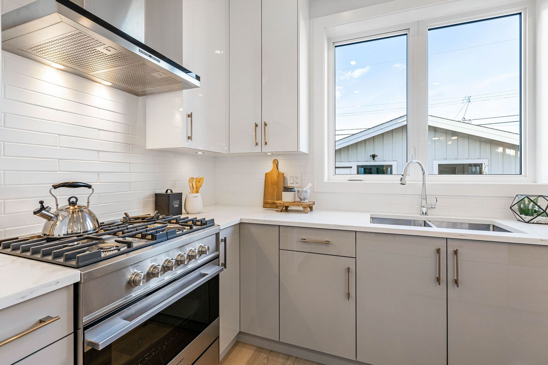 6 at 3439 E 24th Avenue, Renfrew Heights, Vancouver East