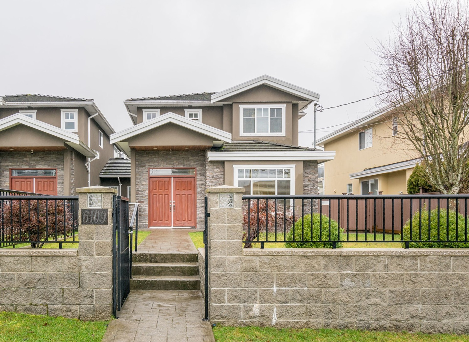 11 at 6109 Selma Avenue, Forest Glen BS, Burnaby South