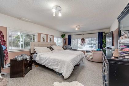25 at 7676 Sussex Avenue, South Slope, Burnaby South