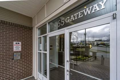 262173038-18 at 115 - 13555 Gateway Drive, Whalley, North Surrey