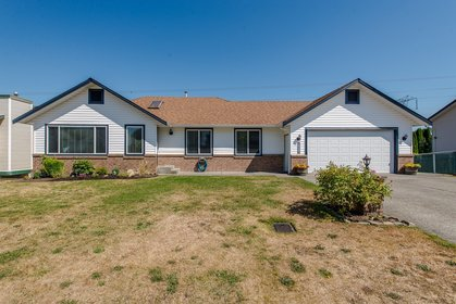 Front Exterior at 34943 Cassiar Avenue, Abbotsford East, Abbotsford