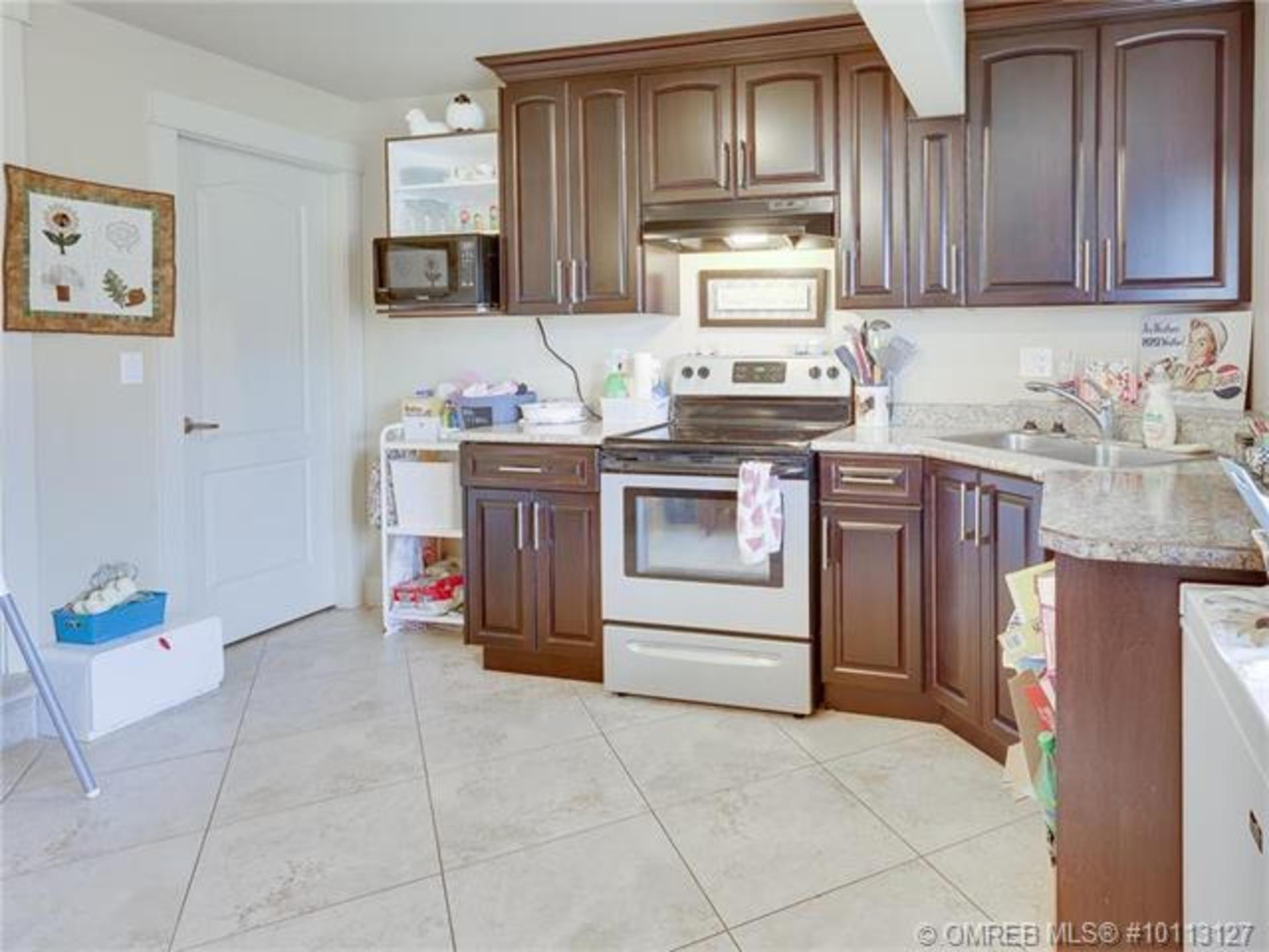 Vernon Real Estate at 4709 Valleyview Place, Vernon, North Okanagan