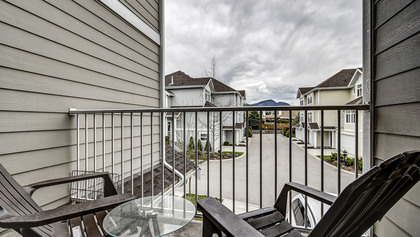 Kelowna Real Estate at 4 - 1853 Parkview Crescent, Kelowna, Central Okanagan