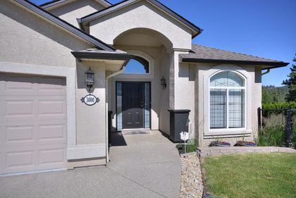 home-front-entry at 3000 Brindisi Place, University District, Kelowna