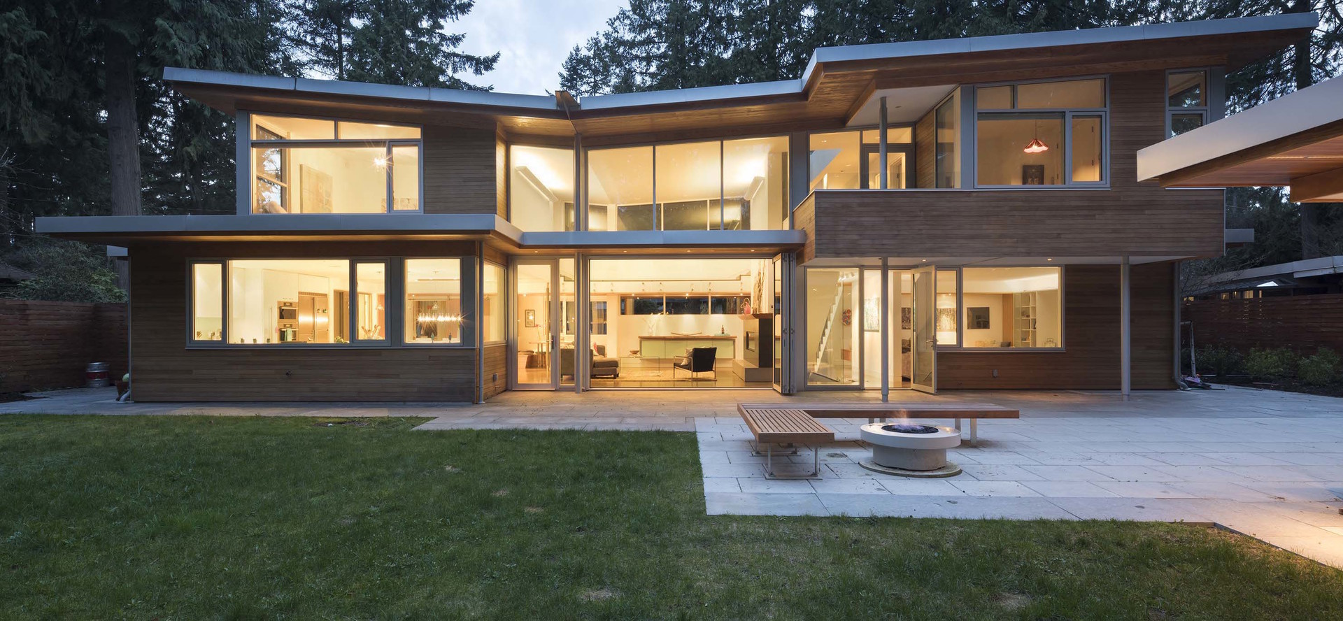 2580 Colwood Drive, Edgemont, North Vancouver