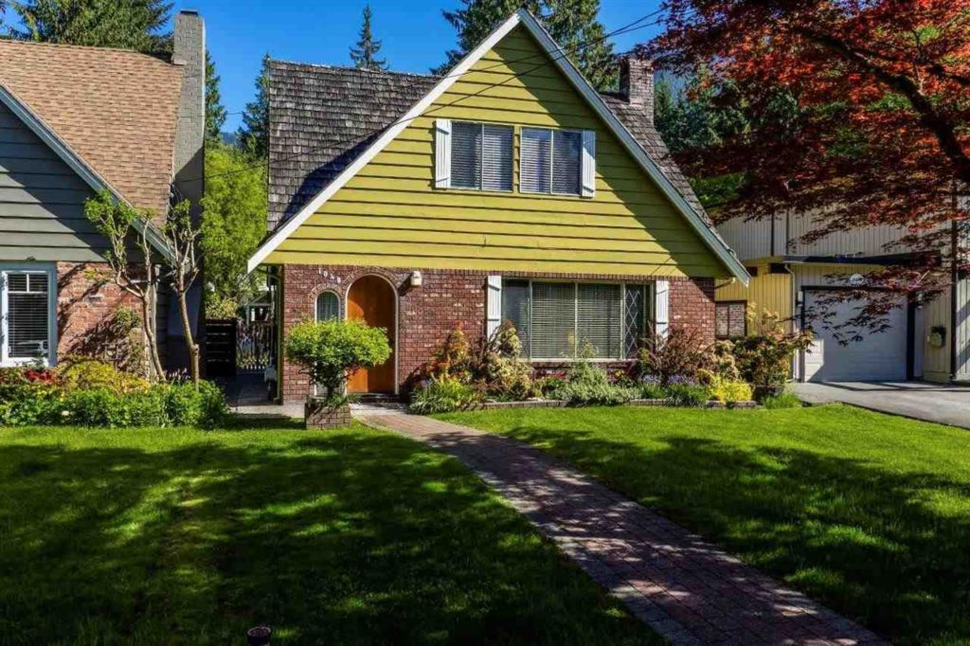 1040 Canyon Boulevard, Canyon Heights NV, North Vancouver