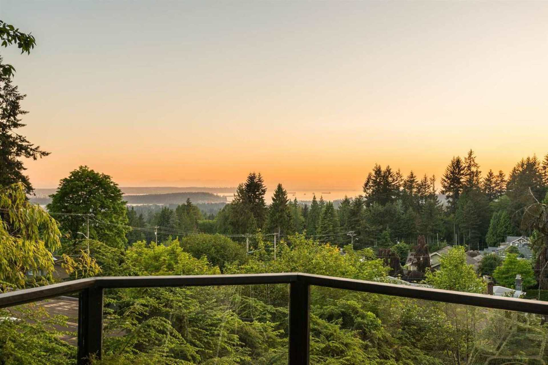 3975 Woodbury Avenue, Upper Lonsdale, North Vancouver