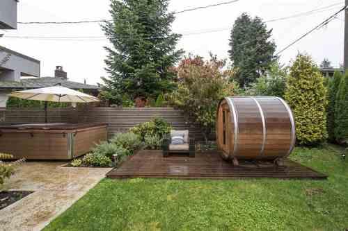 2752-edgemont-boulevard-edgemont-north-vancouver-17 at 2752 Edgemont Boulevard, Edgemont, North Vancouver