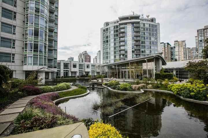 198-aquarius-mews-yaletown-vancouver-west-16 at 1703 - 198 Aquarius Mews, Yaletown, Vancouver West