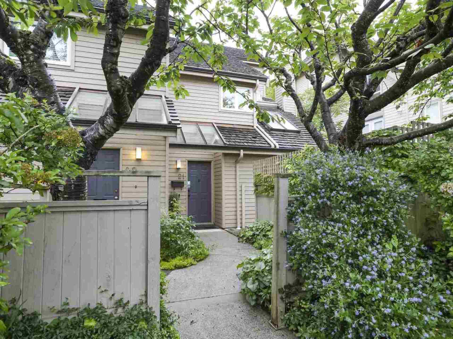 21 - 230 W 15th Street, Central Lonsdale, North Vancouver