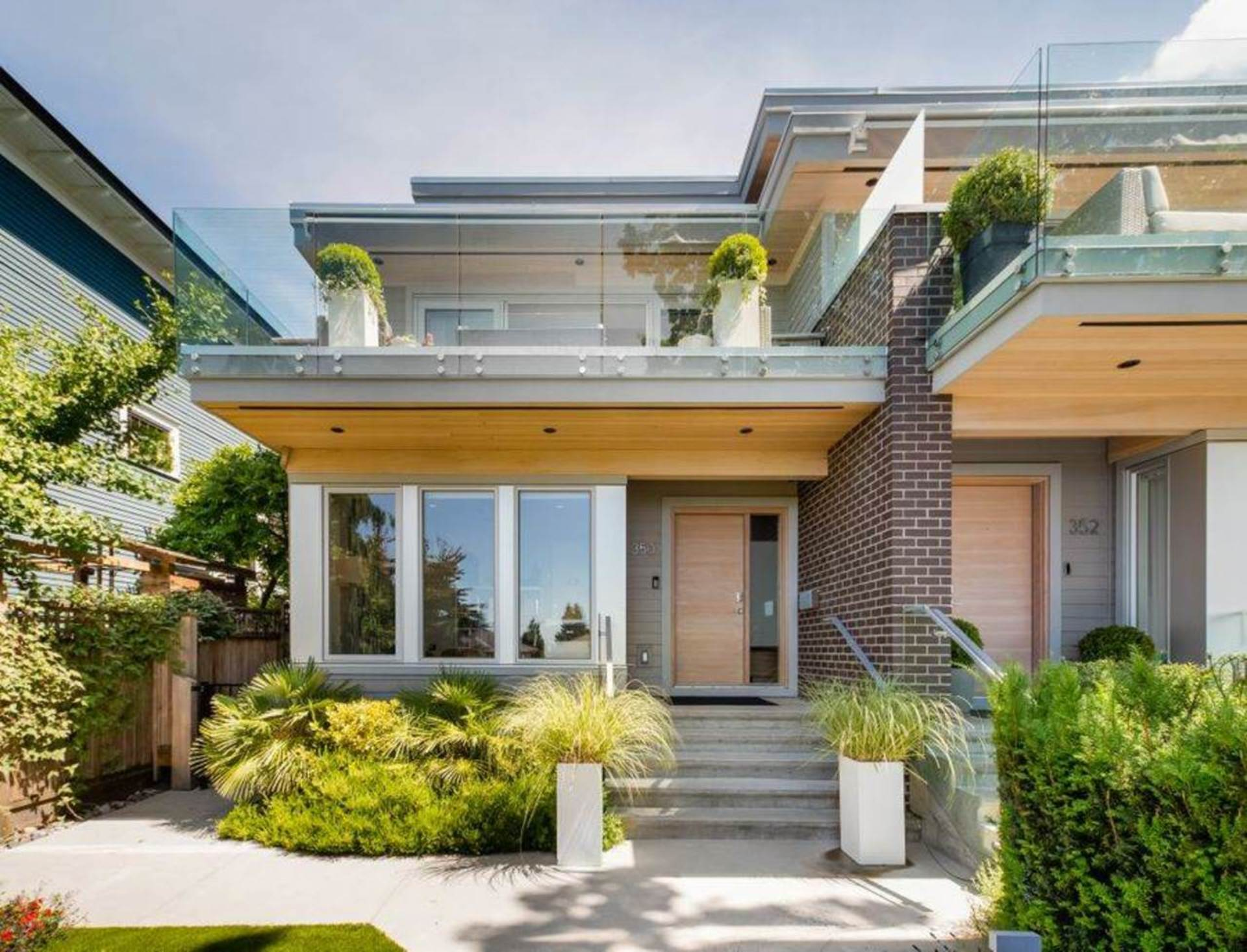 350 E 5th Street, Lower Lonsdale, North Vancouver
