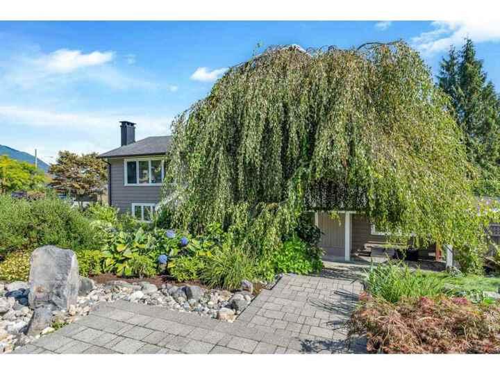 714-huntingdon-crescent-dollarton-north-vancouver-03 at 714 Huntingdon Crescent, Dollarton, North Vancouver