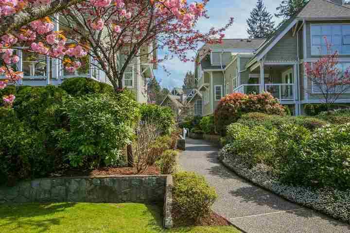 3373-capilano-crescent-capilano-nv-north-vancouver-23 at 304 - 3373 Capilano Crescent, Capilano NV, North Vancouver