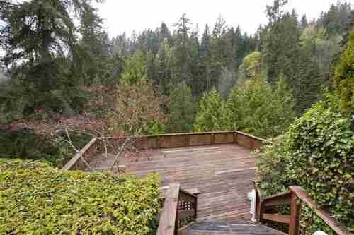 3373-capilano-crescent-capilano-nv-north-vancouver-18 at 304 - 3373 Capilano Crescent, Capilano NV, North Vancouver