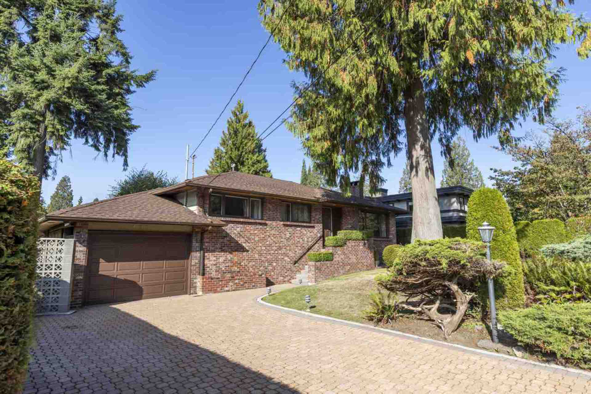 4387 Quinton Place, Canyon Heights NV, North Vancouver