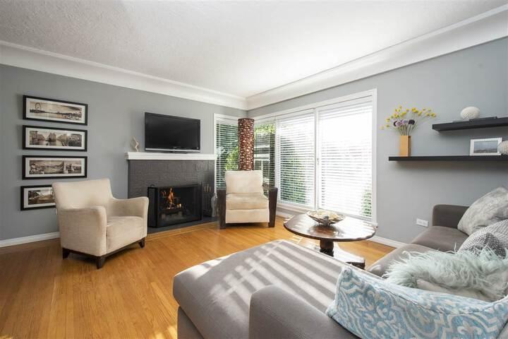 3380-edgemont-boulevard-edgemont-north-vancouver-09 at 3380 Edgemont Boulevard, Edgemont, North Vancouver