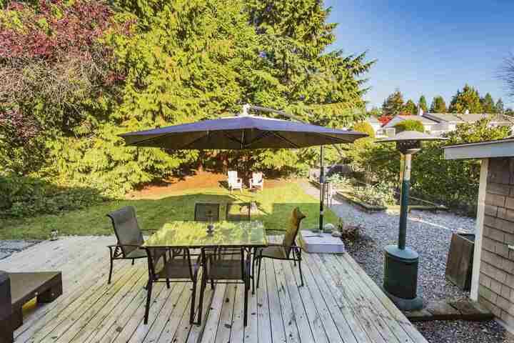 3380-edgemont-boulevard-edgemont-north-vancouver-23 at 3380 Edgemont Boulevard, Edgemont, North Vancouver