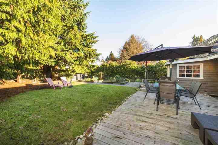 3380-edgemont-boulevard-edgemont-north-vancouver-24 at 3380 Edgemont Boulevard, Edgemont, North Vancouver