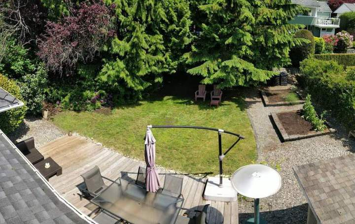 3380-edgemont-boulevard-edgemont-north-vancouver-31 at 3380 Edgemont Boulevard, Edgemont, North Vancouver