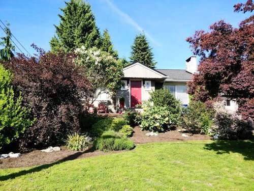 3380-edgemont-boulevard-edgemont-north-vancouver-01 at 3380 Edgemont Boulevard, Edgemont, North Vancouver