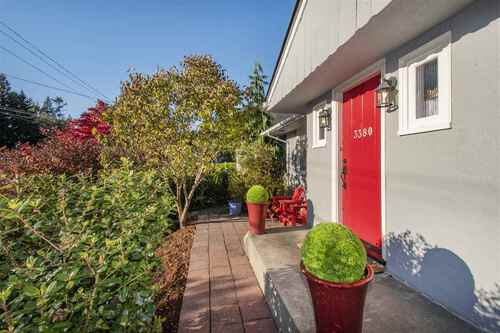 3380-edgemont-boulevard-edgemont-north-vancouver-02 at 3380 Edgemont Boulevard, Edgemont, North Vancouver