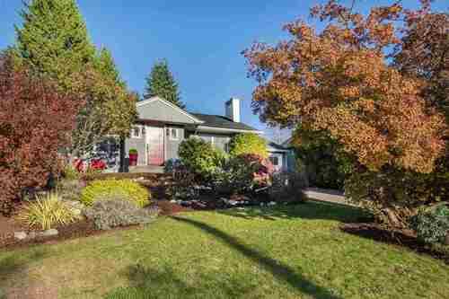 3380-edgemont-boulevard-edgemont-north-vancouver-22 at 3380 Edgemont Boulevard, Edgemont, North Vancouver