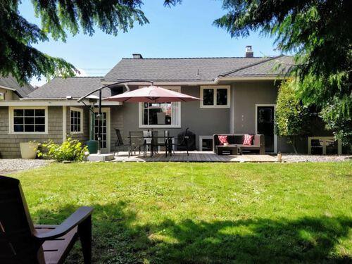 3380-edgemont-boulevard-edgemont-north-vancouver-26 at 3380 Edgemont Boulevard, Edgemont, North Vancouver