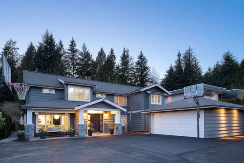 4227-lions-avenue-forest-hills-nv-north-vancouver-01 at 4227 Lions Avenue, Forest Hills NV, North Vancouver