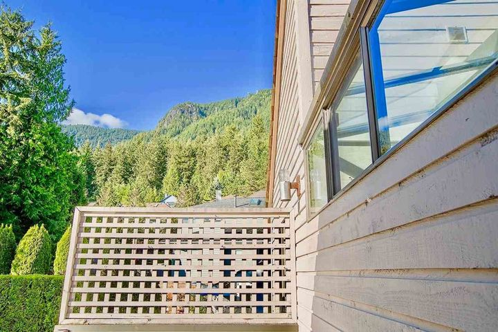 5760-grousewoods-crescent-grouse-woods-north-vancouver-16 at 5760 Grousewoods Crescent, Grouse Woods, North Vancouver