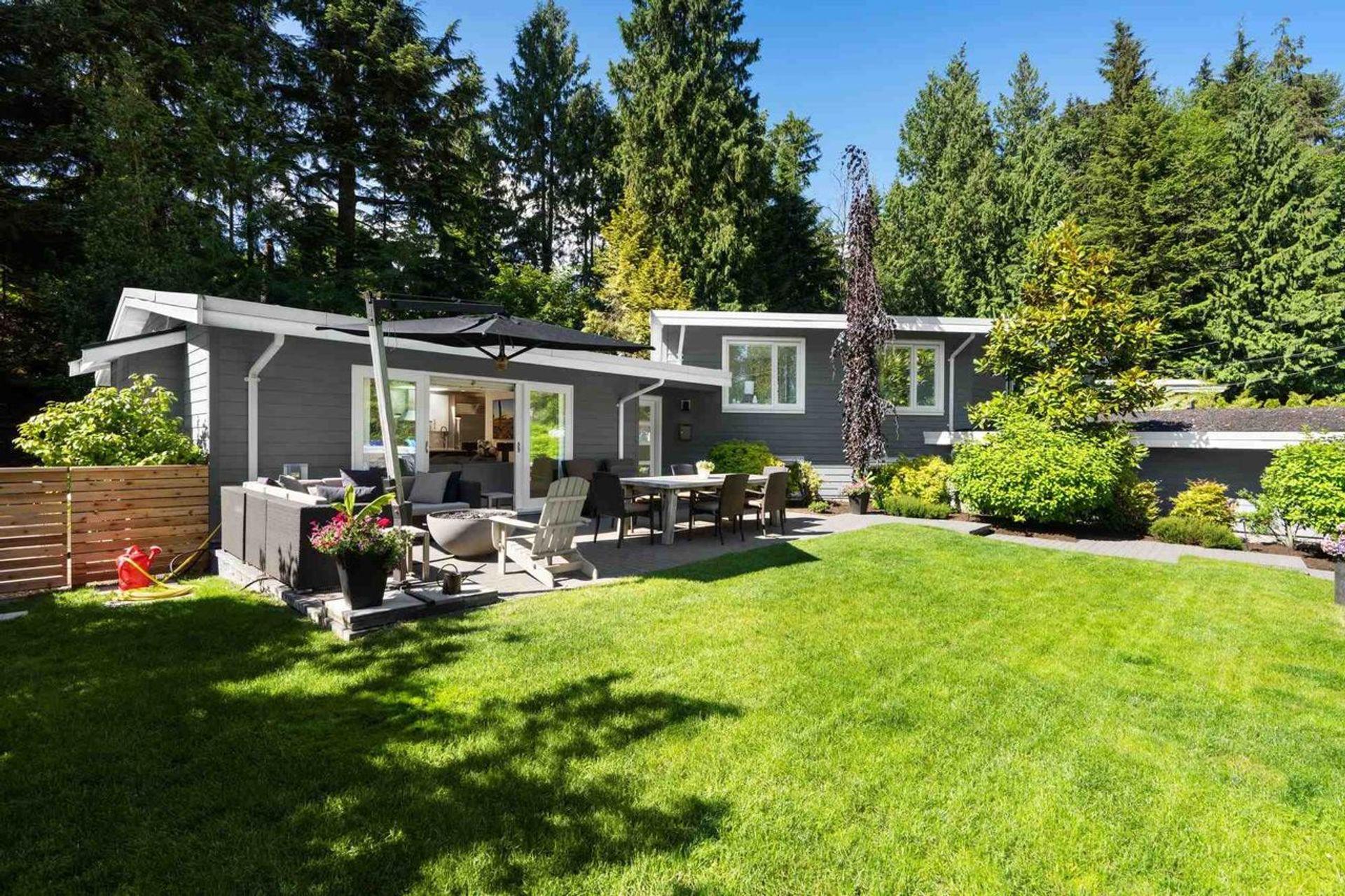 3589 Fairmont Road, Edgemont, North Vancouver