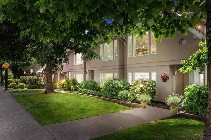 225-e-6th-street-lower-lonsdale-north-vancouver-03 at 102 - 225 E 6th Street, Lower Lonsdale, North Vancouver