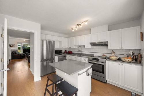 225-e-6th-street-lower-lonsdale-north-vancouver-13 at 102 - 225 E 6th Street, Lower Lonsdale, North Vancouver